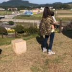 "<span class=""title"">家族でお散歩</span>"